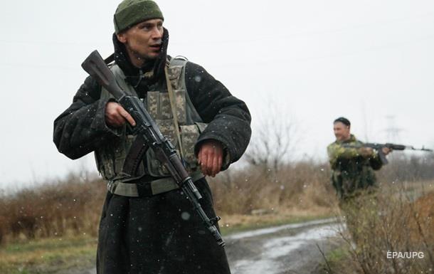 Потери в АТО: двое военных погибли, 11 ранены