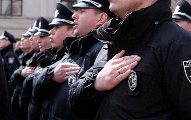 В Черновцах приняла присягу новая полиция