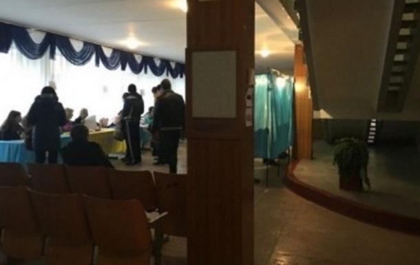 Избирателей в Кривом Роге подвозят к участкам