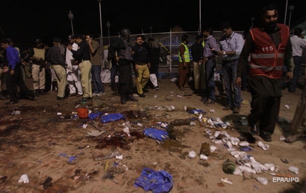 Талибы взяли на себя ответственность за взрыв в Пакистане