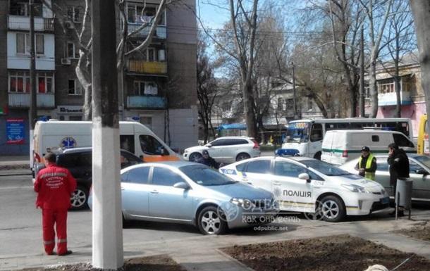 В Одессе столкнулись маршрутка и авто инкассаторов