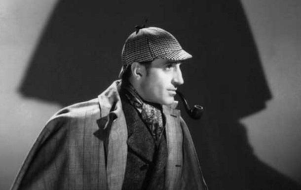 Умер британский актер, исполнивший роль Шерлока Холмса