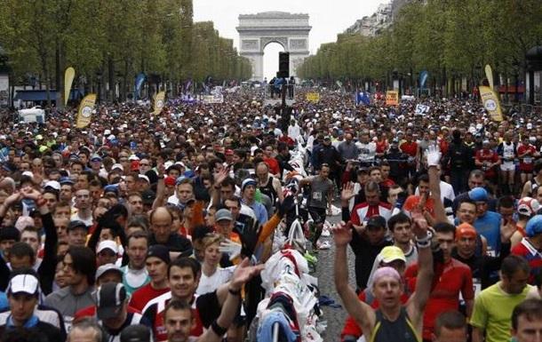 Марафон в Париже стартовал при повышенных мерах безопасности