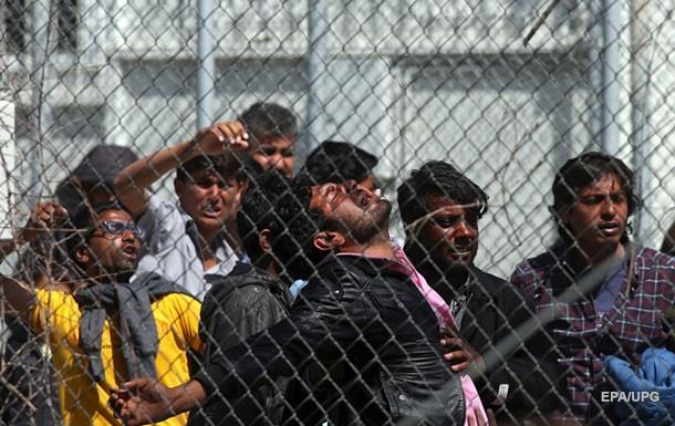 В Германии зафиксировали около 300 нападений на мигрантов