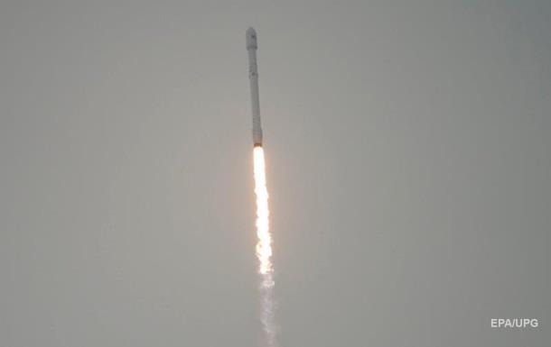 Ракета Falcon 9 впервые успешно приземлилась на плавучую платформу