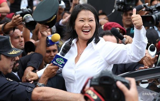 На виборах у Перу лідирує донька колишнього президента