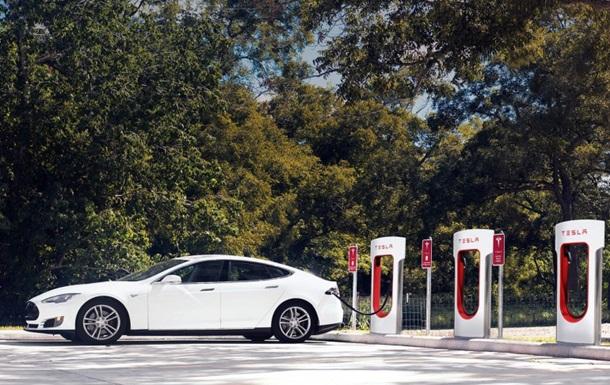 Tesla Motors откроет в Украине две электрозаправки