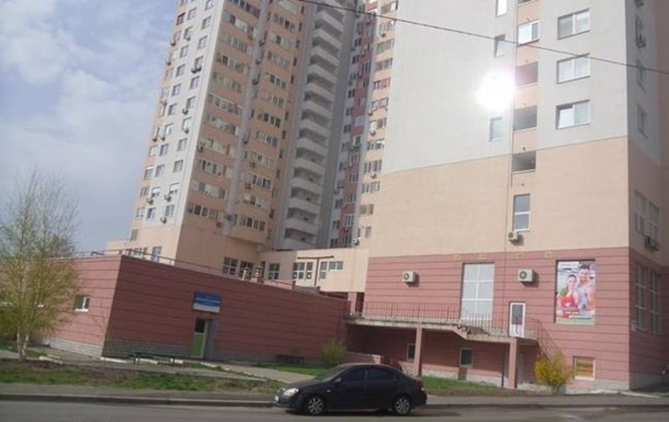 В подземном паркинге Киева горели автомобили