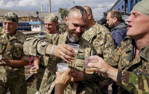 Маргинализированная  армия – тяжелое ярмо на шее Украины
