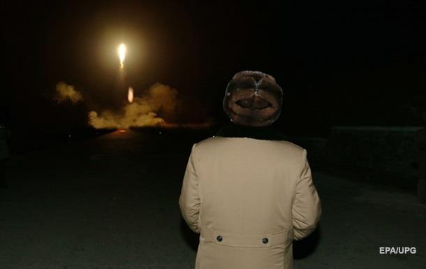 В честь дня рождения Ким Ир Сена КНДР запустит баллистическую ракету - СМИ