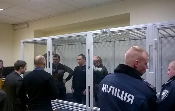 Суд продлил арест пятерым экс-беркутовцам
