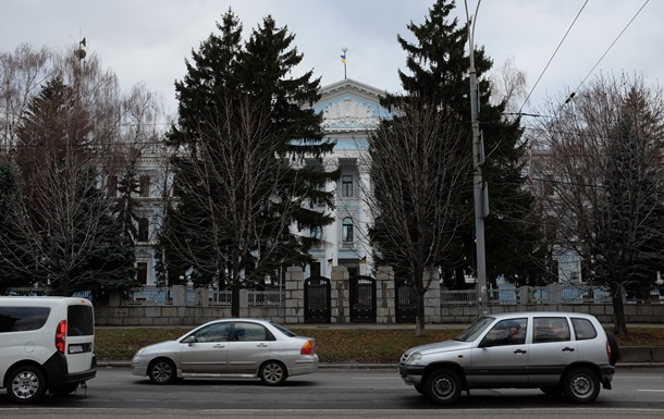 15 из 25 руководителей не прошли переаттестацию в Минобороны – Бирюков