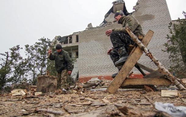 Обстрелы на Донбассе резко притихли