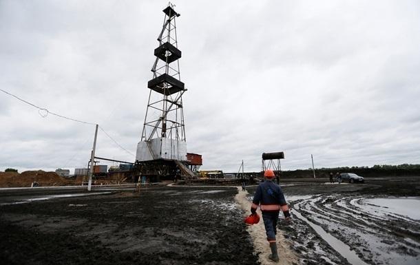 Видобуток нафти в Україні впав на 12%