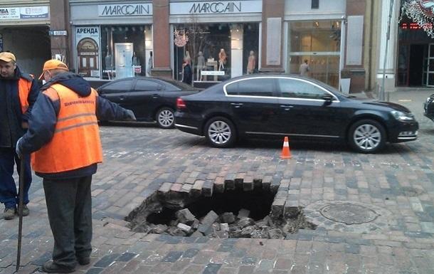Ремонтировать дороги в Киеве будут только ночью
