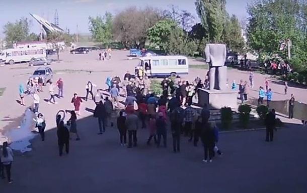 На Одесчине произошла драка с Азовом из-за Ленина