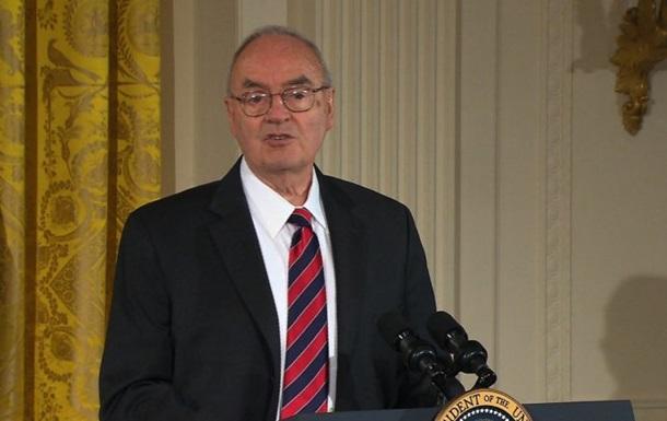 Экс-сенатор США решил жениться на мужчине