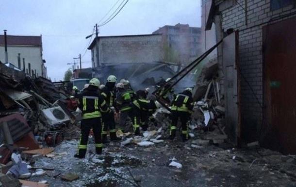 В гаражном кооперативе Киева произошел взрыв