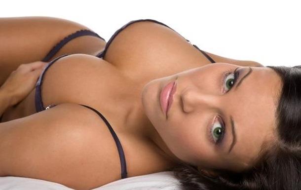 Жіночі груди - еліксир довголіття.