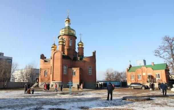 Нападения на УПЦ в Украине: избиение священников, убийства и поджоги храмов