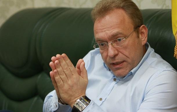 Янукович предлагал стать членом  Семьи . Интервью с Василием Волгой
