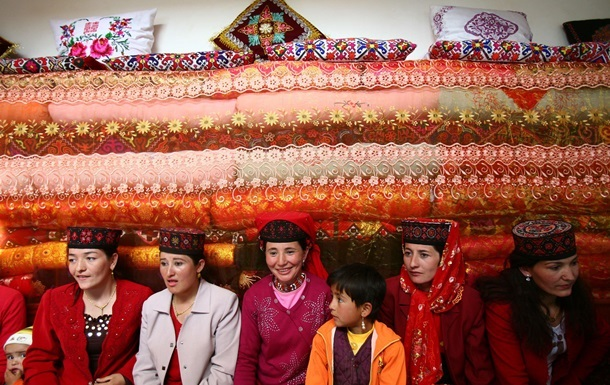Власти Таджикистана запретили русские фамилии