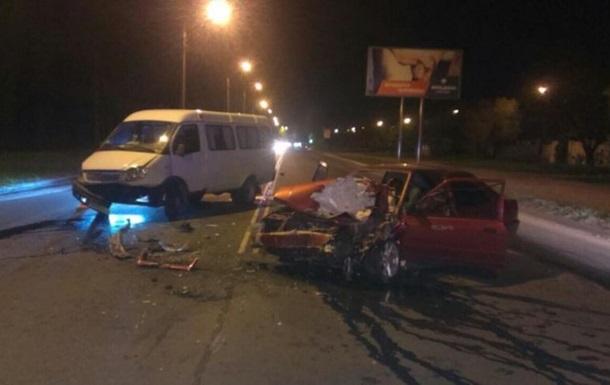 В Харькове пьяный водитель устроил ДТП: есть пострадавшие