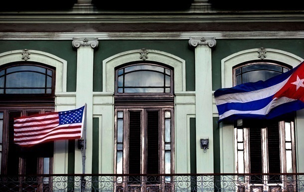 На Кубу из США отправился в круиз первый за 50 лет лайнер