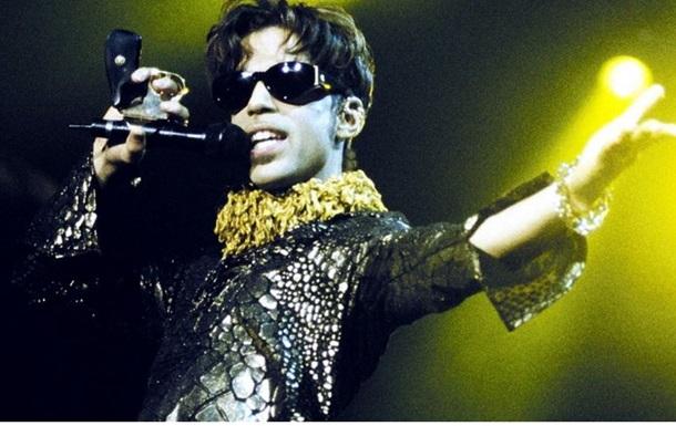 В США вскрыли сейф певца Принса