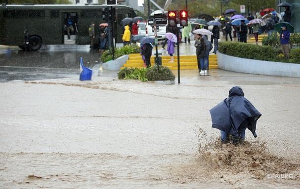 Понад п ять тисяч жителів Домінікани евакуйовані через повені