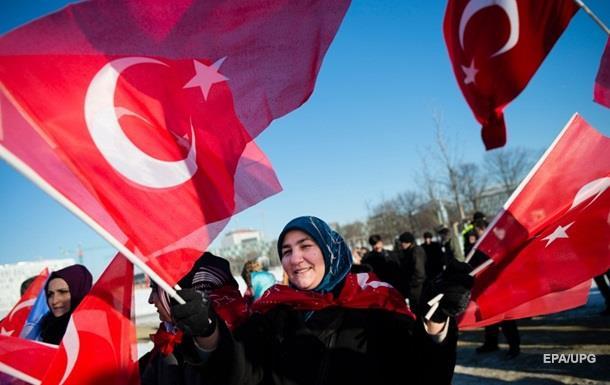 Туреччина скасувала візи для країн шенгену
