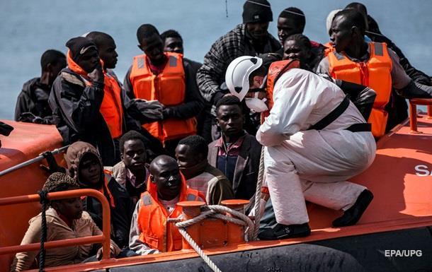 Более ста мигрантов утонули в Средиземном море