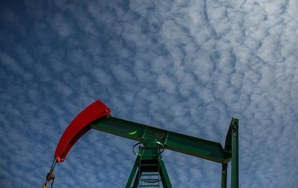 Рубль упав слідом за нафтою