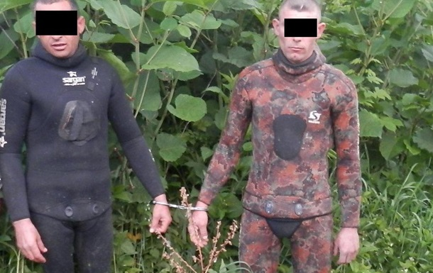 На Закарпатье поймали водолазов-контрабандистов