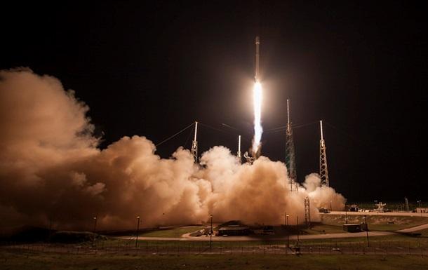 SpaceX вновь успешно посадила первую ступень Falcon 9