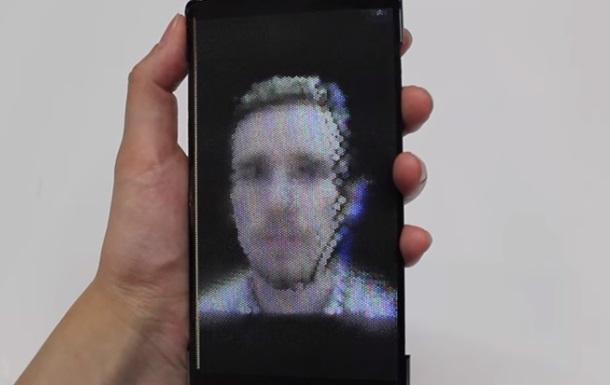 Створено перший гнучкий голографічний смартфон