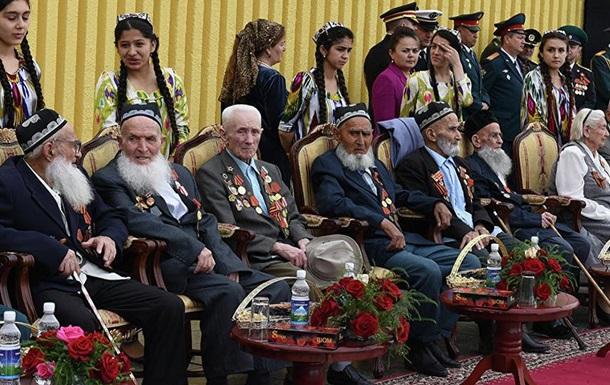 У Таджикистані ветеранам до 9 травня виплатять по $250