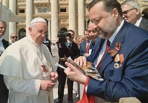 Папа для Путина – 2, или в колорадском полку прибыло