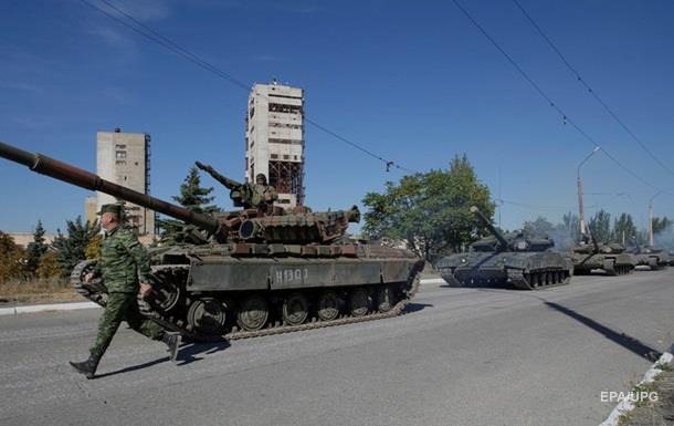 В Алчевск перебросили военных из Чечни - разведка