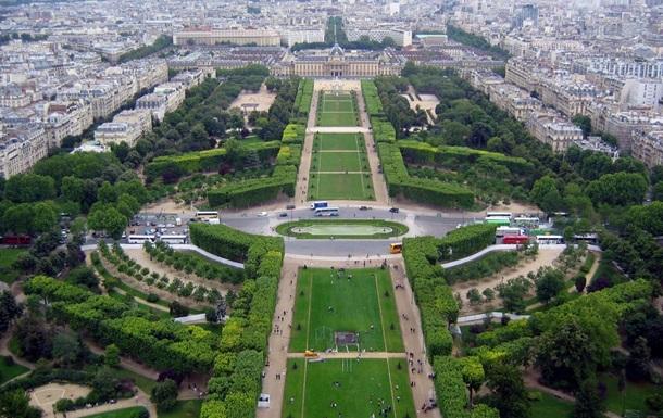 На один день Елисейские поля в Париже закроют для машин