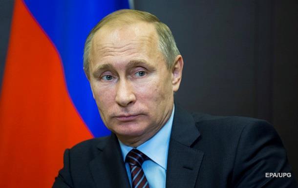 Путин проигнорировал Порошенко в поздравлении
