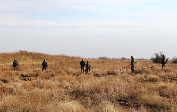 Саперы обезвредили более ста тысяч мин в Донбассе