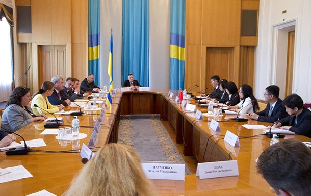 Украина и Китай упрощают визовый режим