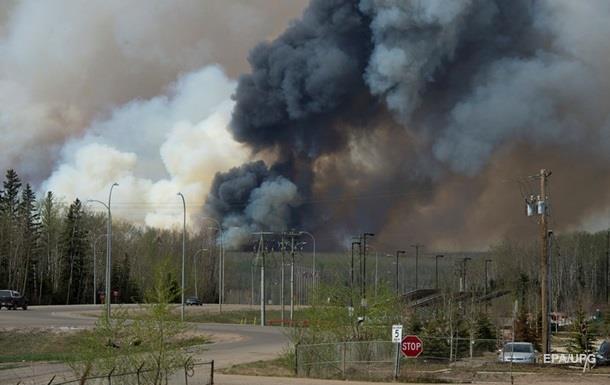 В Канаде возобновляют добычу нефти после пожаров