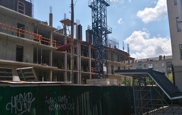 Новий  Эліта -Центр  або  Дом на Строителей