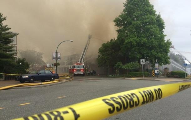 В Канаде из-за пожара в здании эвакуировали целый район