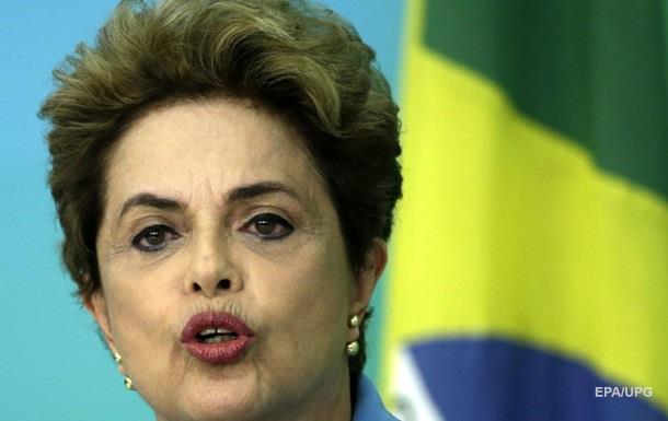 В Бразилии требуют отменить импичмент президенту