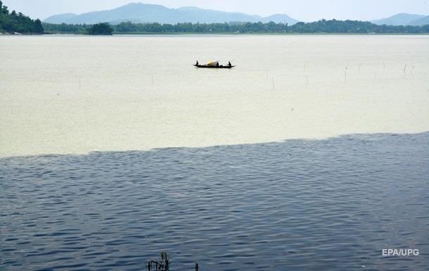 Власти Индии решили повернуть реки