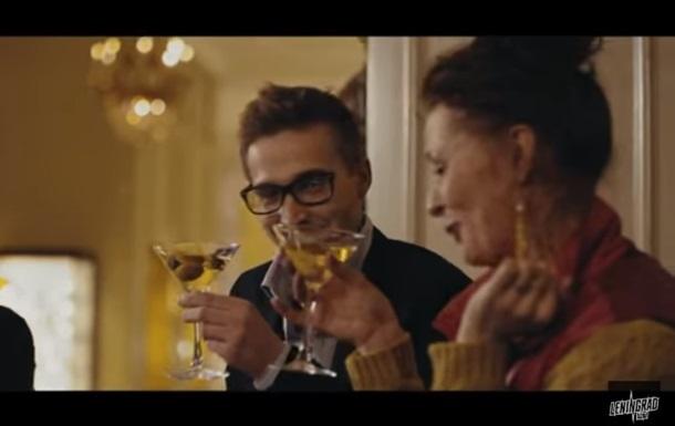 По местам съемок  В Питере - пить  запустят алко-экскурсию