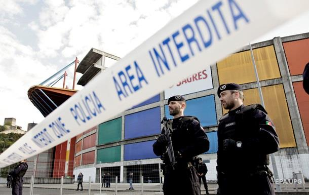 Германия предупреждает об опасности терактов на Евро-2016